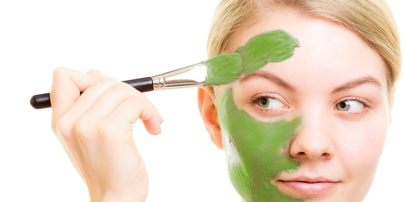 Ada banyak jenis masker yang dijual. Petua moden ini mencadangkan anda ...